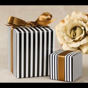 Surprise gift Box $200 value szs  5pieces!